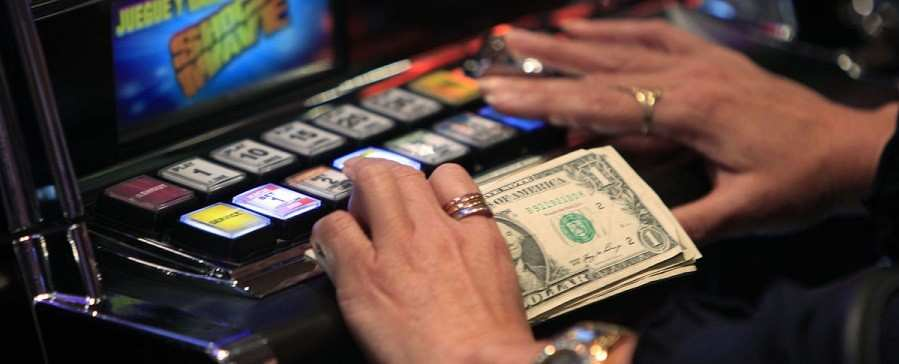 Playing slots online with a meager budget