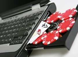 How Do Online Casinos Work?